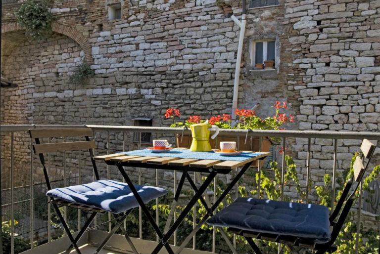 casa-vacanze-perugia-terrazzo