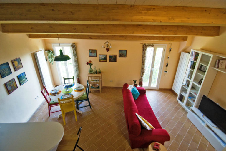 casa-vacanze-perugia-vista-soggiorno